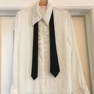 Tops - White long sleeve blouse with removable black tie
